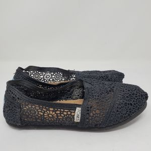 Toms in a Black  lace Slip on Shoes Size 6.5